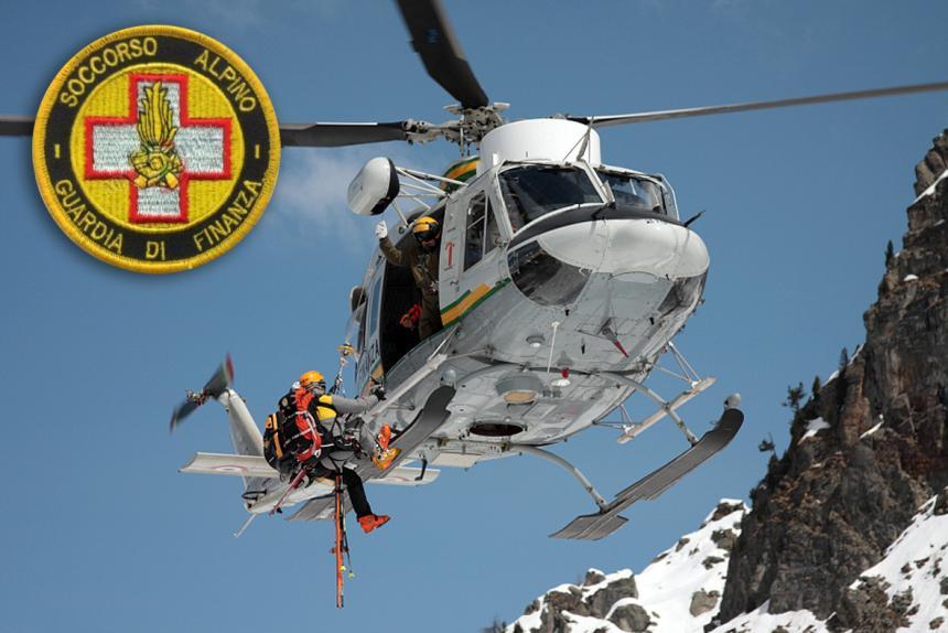 Soccorso Alpino Guardia di Finanza 117